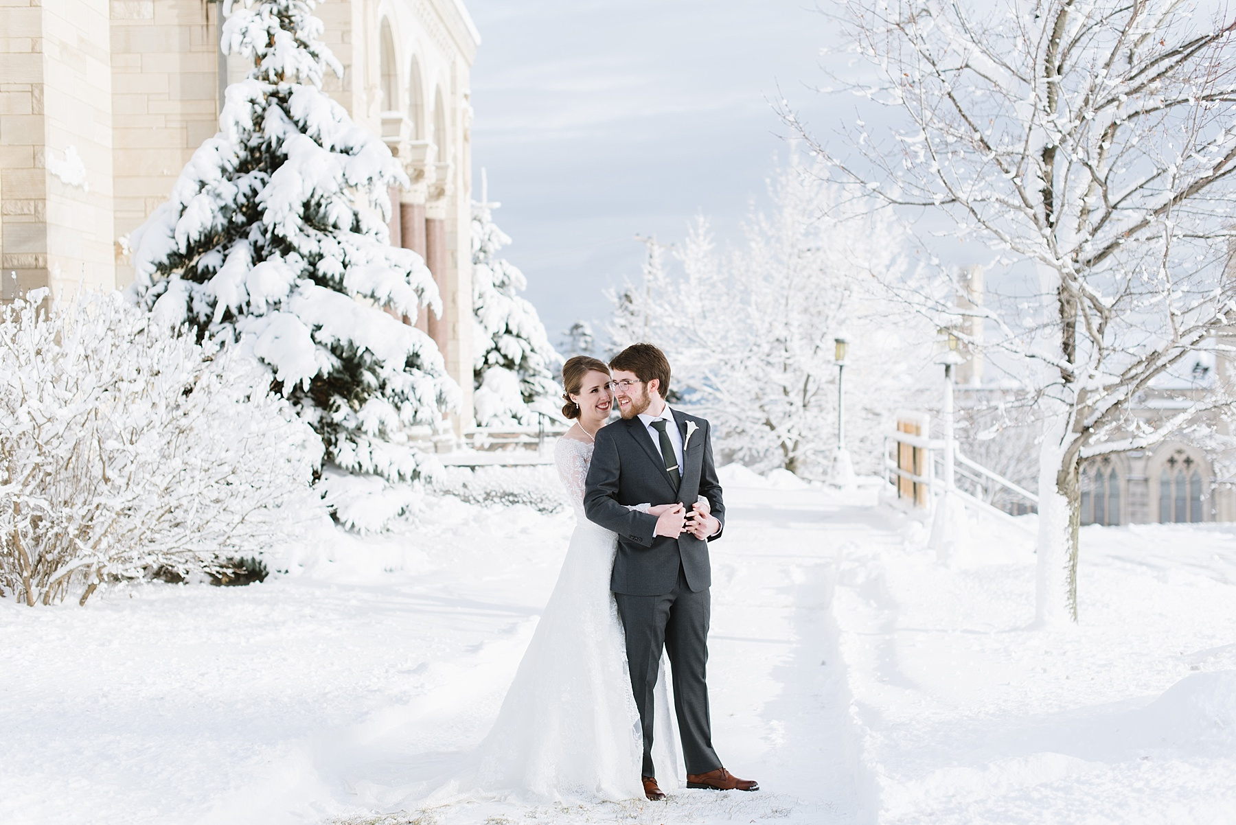 duluth mn winter wedding